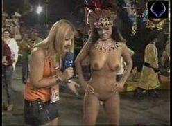No carnaval safada do furacaoporno fica pelada na tv