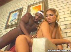 Negro come a sua mulher em porno tub