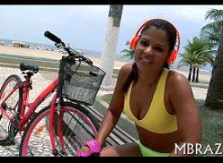 Novinha carioca transa no porno doido