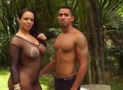 Em as brasileirinhas pornô moreno come peituda