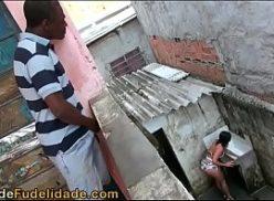 Negro no porno tube brasil comendo a puta