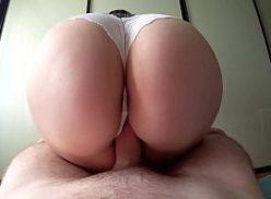 Rabuda quente e comida no videos sexo amador