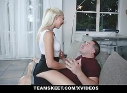 Loira safada no porno gostoso esta com o amante em sexo