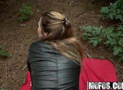 Comendo vadia no meio do mato no tumblr sexo