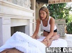 Amador tube safada massagista e comida